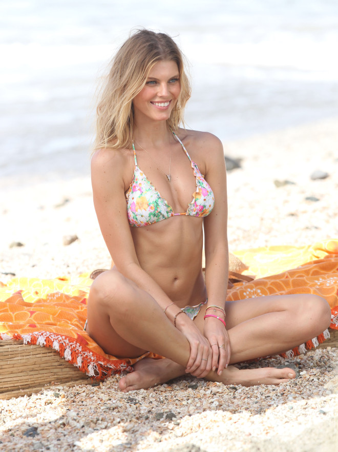 Maryna Linchuk Shows Off Her Bikini Body