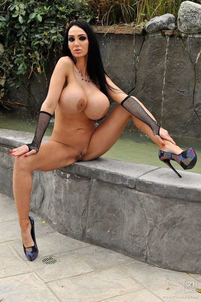 Amy-Anderssen-and-her-giant-tits-fucked-in-a-tiny-bikini-ExcitePics.com-8